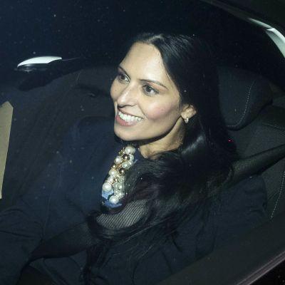 Priti Patel lämnade 10 Downing Street via en bakport på onsdag kväll.