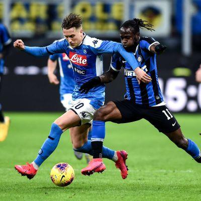 Jalkapallon Italian cup, välieräottelun 2. osaottelu Napoli - Inter