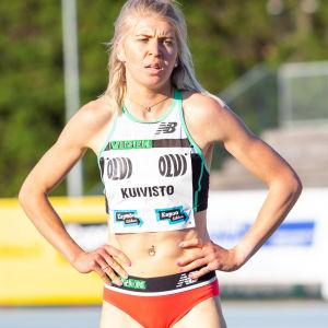 Sara Kuivisto på löpbanan.