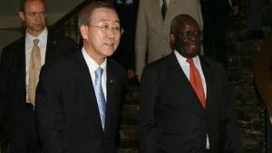 ban ki-moon med sin dåvarande specialrådgivare ibrahim gambari