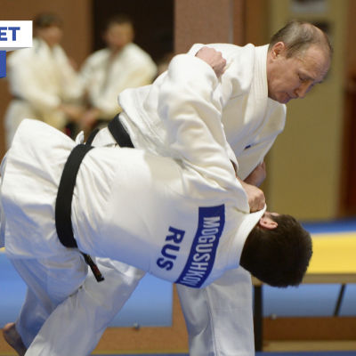 Rysslands president Vladimir Putin på judoläger i Sotji.