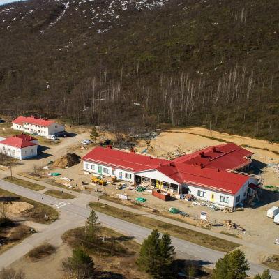 Utsjokisuun uusi koulu