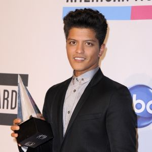 bruno mars på american music awards