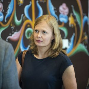 Hanna Kosonen vid Centerns ministergruppsmöte i Idensalmi.
