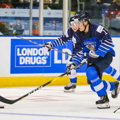 Rasmus Kupari spelade mot Sverige också i JVM i fjol.
