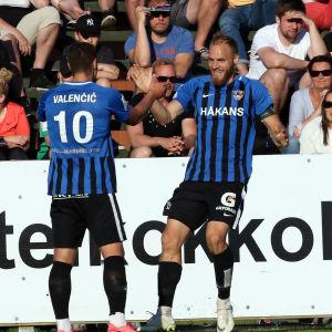 FC Inter firar ett mål.