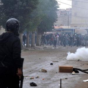 Upplopp i staden Tebourba i Tunisien.