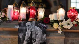Mördade borgmästaren i Gdansk hedras.