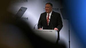 Ulkoministeri Pompeo vakuutti Münchenin kansainvälisessä turvallisuuskonferenssissa Yhdysvaltojen olevan yhä sitoutunut Eurooppaan.