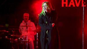 Alma esiintyy Helsingin kaupungin uudenvuoden juhlassa Kansalaistorilla Helsingissä 31. joulukuuta 2019.