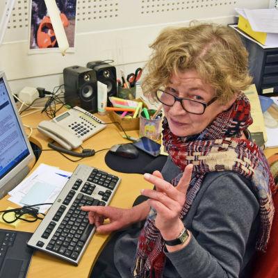 Svenska Yles politiska redaktör Anne Suominen.