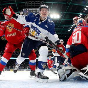 Tuffa närkamper mellan Finland och Ryssland i EHT-turneringen i Helsingfors 2019.