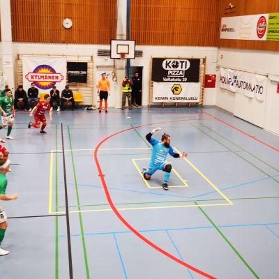 FC Kemin ja ToPV:n peli