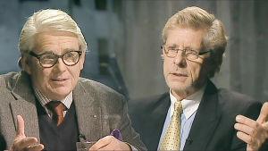 Neliosaisen sarjan juontavat Lasse Lehtinen (vas.) ja Seppo Hovi.