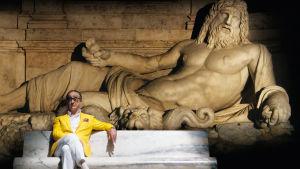Toni Servillo. Kuva Paolo Sorrentinon elokuvasta Suuri kauneus.