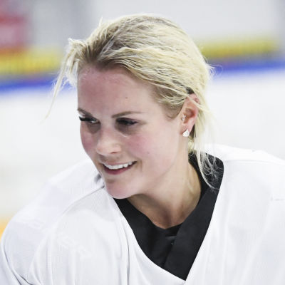 Annina Rajahuhta under ett träningspass med landslaget.