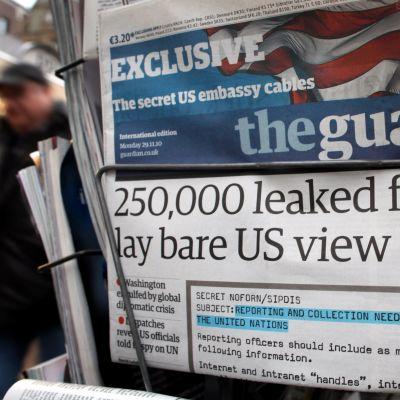 The Guardian slog upp Wikileaksläckan stort