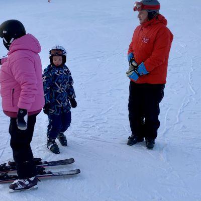 Rukan hiihtokoulua.