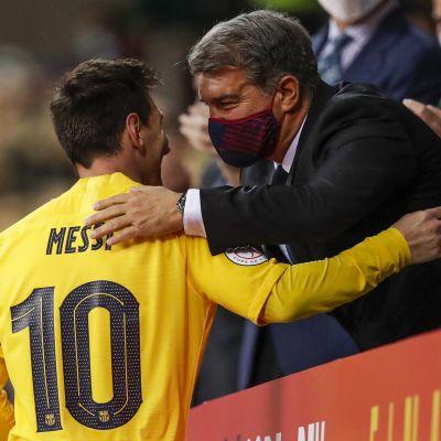 Lionel Messi ja Joan Laporta kuvassa