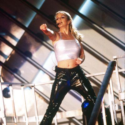 Britney Spears lavalla v. 1999.