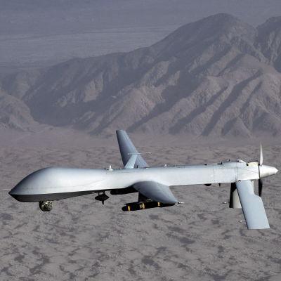 Amerikansk MQ-1 Predator-drönare över Afghanistan. Bilden tagen 2008.