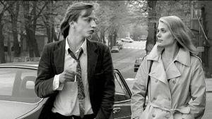Aki Kaurismäki ja Pirkko Hämäläinen Mika Kaurismäen elokuvassa Valehtelija (1981).