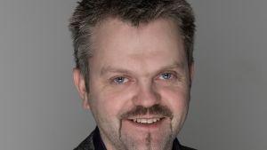 Kenneth Långbacka från försäkringsbolaget Folksam.