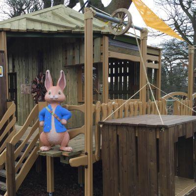 Petteri Kaniinin seikkailupuisto Englannissa