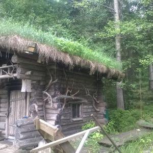 Sauna on rakennettu lähes 20v sitten mutta ympäristö on juuri työn alla.