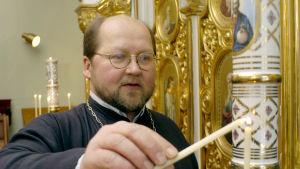 Ortodoxa prästen Mitro Repo.