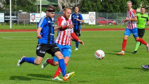 BK:s Casper Källberg i matchen mot FC Åland i Karis 14.8.16.