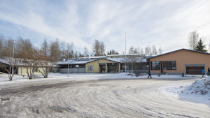 skolbyggnad i sjundeå