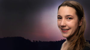 Akrobaatti Laura Tikka