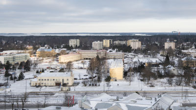 Hangö centralskola sett från vattentornet