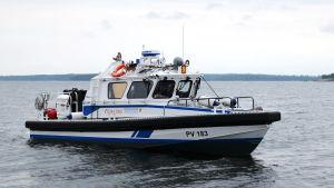 Arkivbild av patrullbåten PV 183 i Lovisa i september 2015.