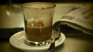 Kahvia lasissa