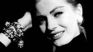 Anita Ekberg som ung.
