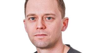 Porträtt på Kotkabon Thomas Freundlich.