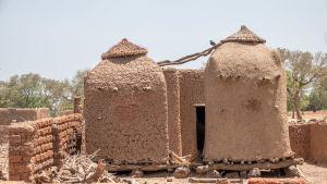 Viljansäilytyssiiloja Burkina Fasossa