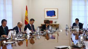 Spanska regeringen i möte i Madrid.
