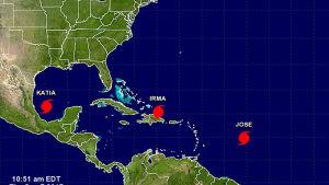 Tre orkaner härjar samtidigt i Mexikanska golfen, Karibiska havet och Atlanten