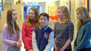 Ida Drifell, Jennie Thesslund, Gabriel Smeds, Elin Aarnio och Claudia Sundäng, elever i Solf skola.