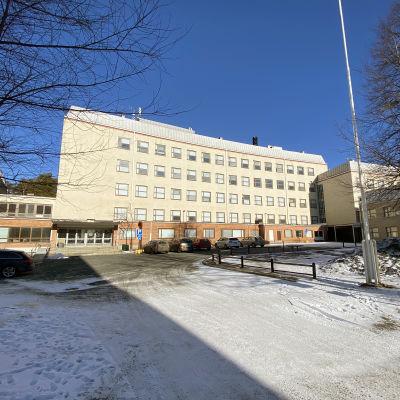 Kuopion Linnanpellolla sijaitseva Kalevalan koulu