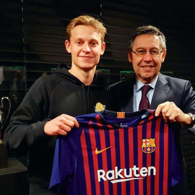 FC Barcelona har värvat Frenkie de Jong
