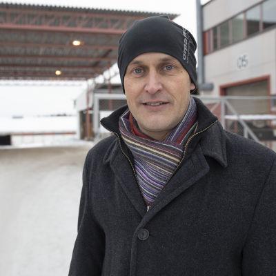 Omatalon toimitusjohtaja Janne Rönkkö.