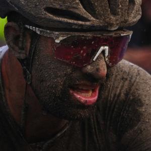 Pyöräilyn klassikkoajo Pariisi-Roubaix poljettiin tällä kertaa mutaisissa olosuhteissa