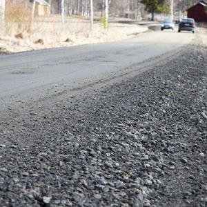 Laitilanniemen yksityistie Leppävirran Kotalahdella Pohjois-Savossa.