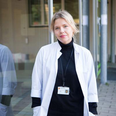 Nuorisolääkäri Miila Halonen.