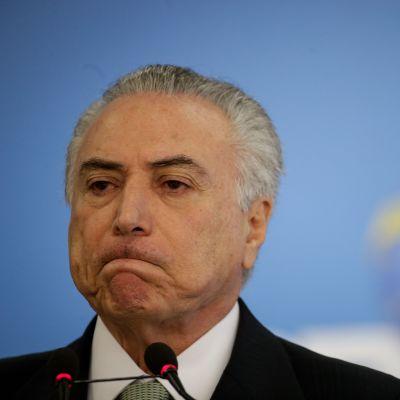 Brasilian väliaikainen presidentti Michel Temer kielsi korruptiosyytökset naurettavina ja valheellisina.