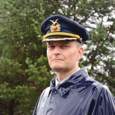 Eversti Jari Mikkonen